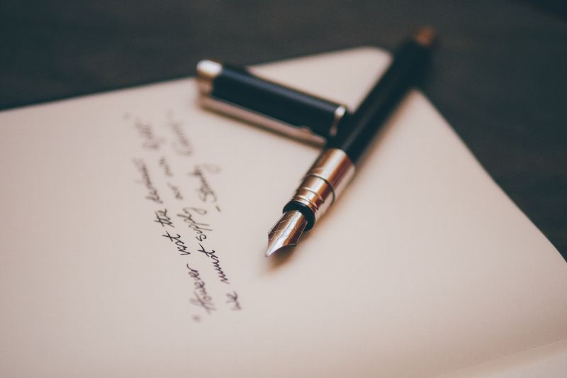 Comment bien rédiger sa lettre de motivation pour le Commerce ?